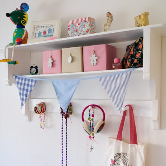 Идеи дизайна детской: коробки для хранения мелочей