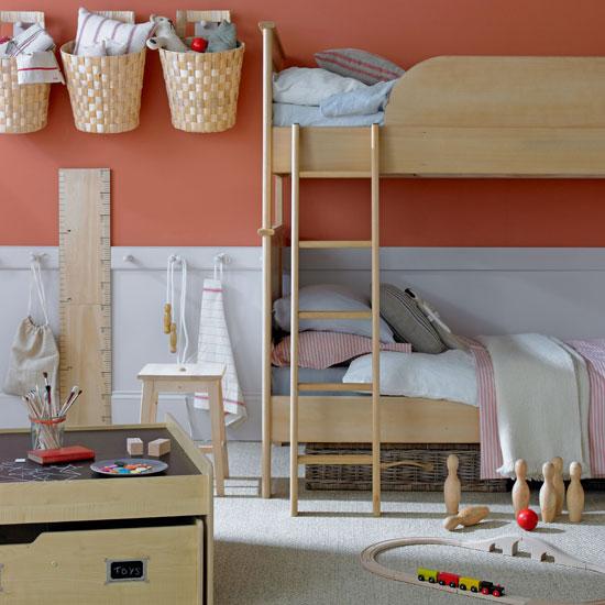 Современный дизайн детской с двухъярусной кроватью