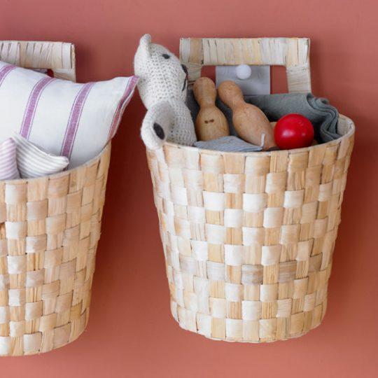 Дизайн детской: корзины для мелочей