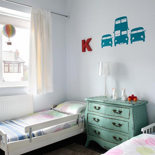 Современный дизайн комнаты для мальчика - фото 23