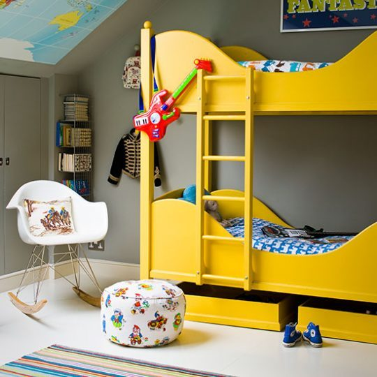 Современный дизайн комнаты для мальчика - фото 42