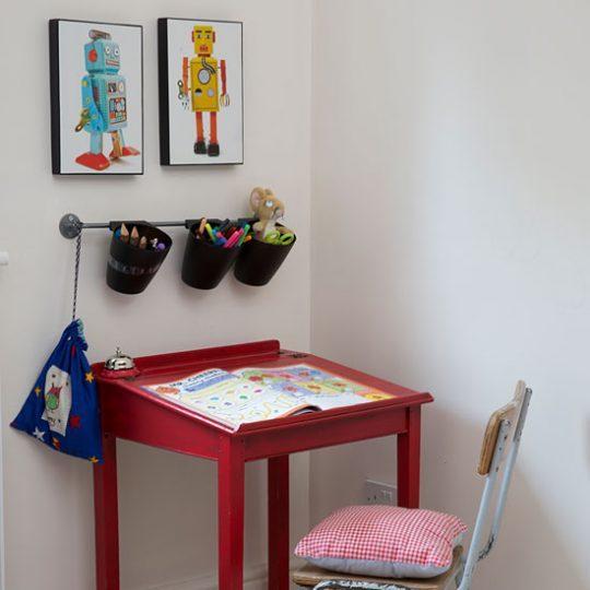Современный дизайн комнаты для мальчика - фото 45