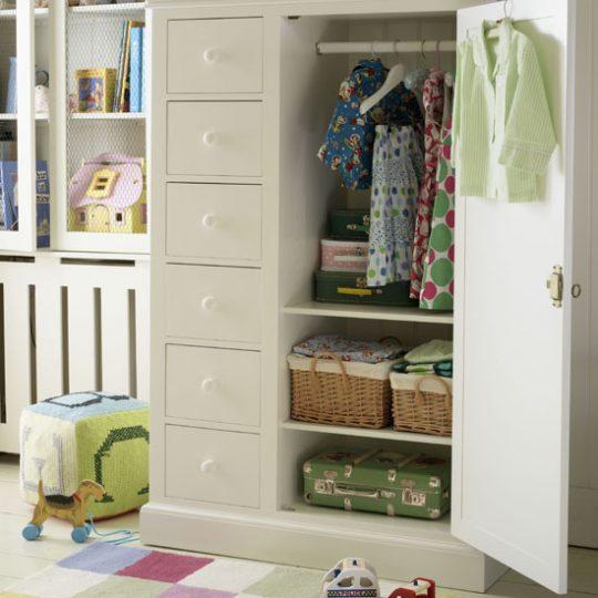Идея декора детской: качественная мебель