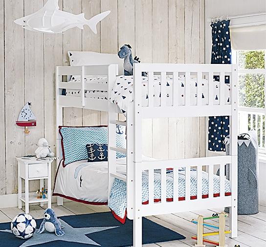 Идеи дизайна детской в бело-голубых тонах