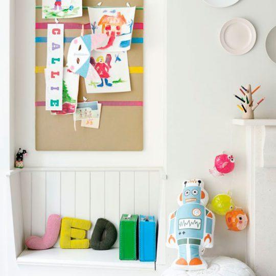 Идея дизайна детской: пробковая доска