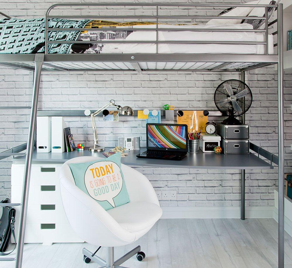 Интерьер комнаты для мальчика в индустриальном стиле