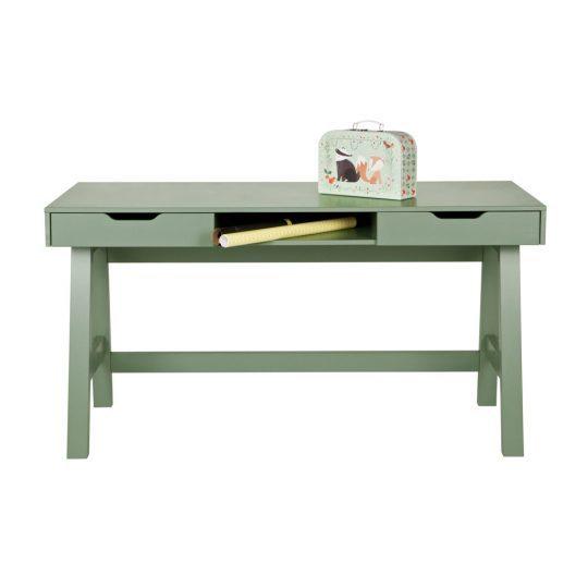 Стильная мебель для детской: компактный стол