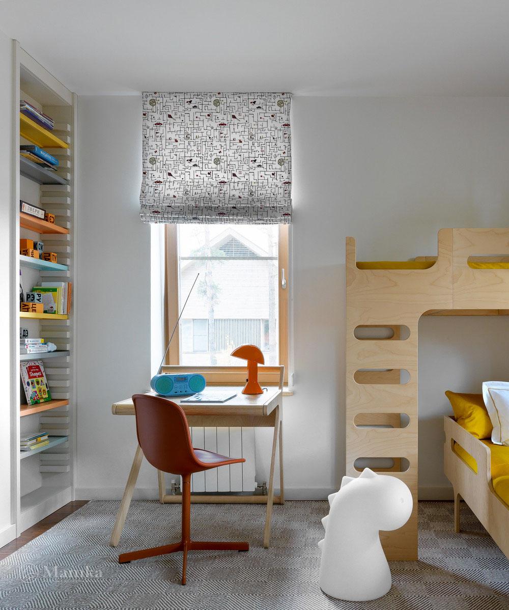 Детская комната для мальчика с комфортным красочным интерьером 3
