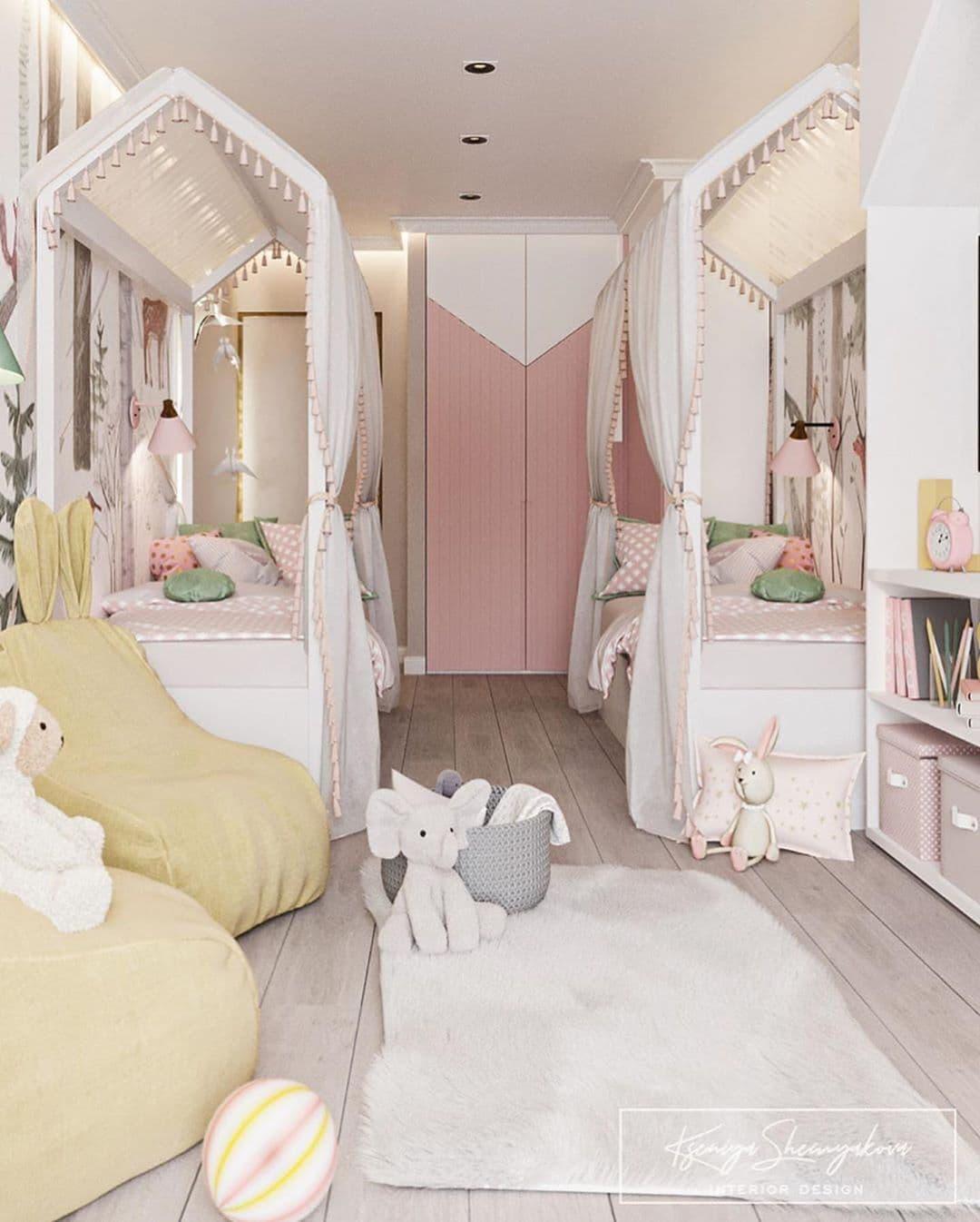 Дизайнерский интерьер детской комнаты для двух девочек 3