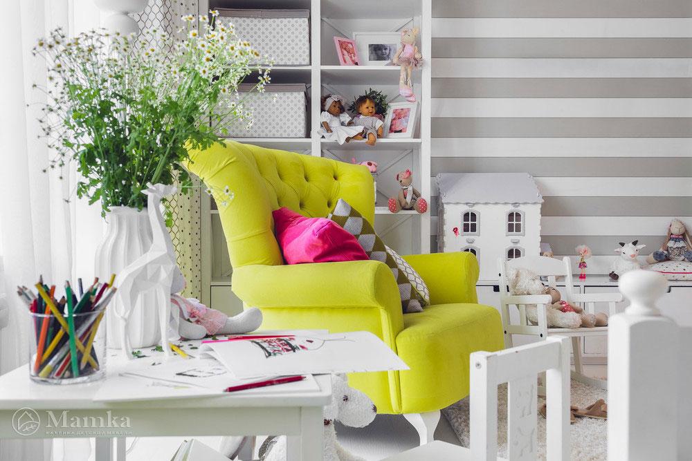 Дизайн детской комнаты в нежных тонах с сочными акцентами 5