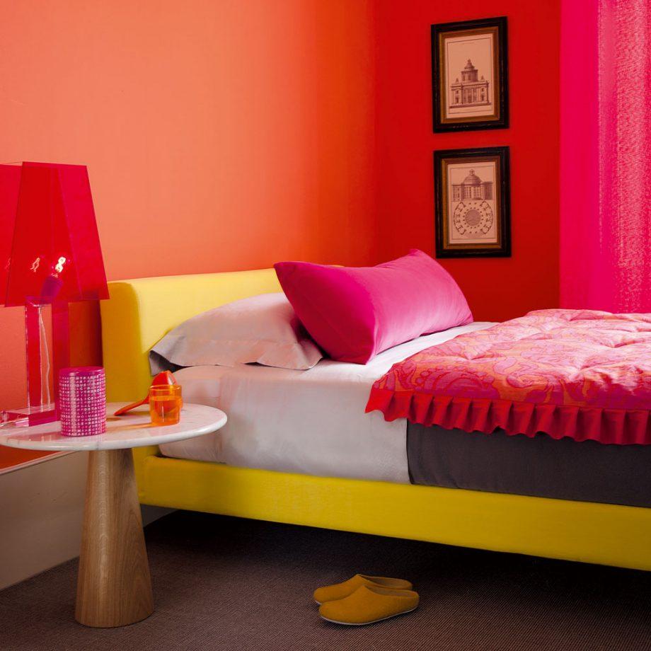 Дизайн комнаты для девочки-подростка в розовых тонах