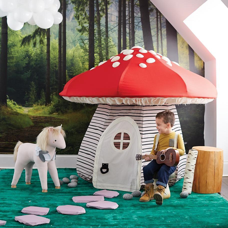 Порядок в детской: тематический дизайн комнаты