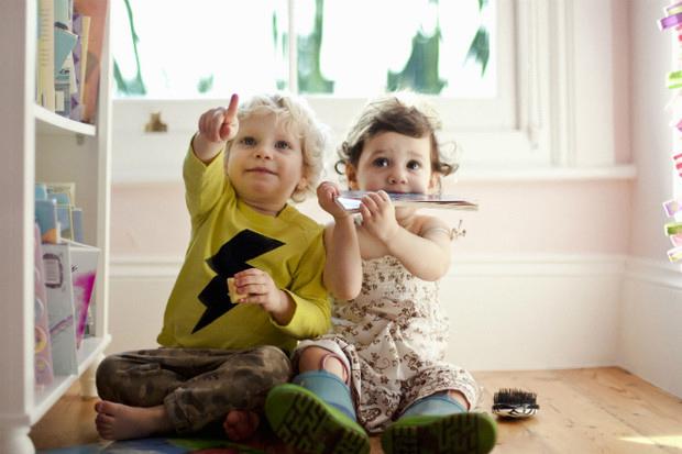 Как обустроить маленькую детскую для двоих детей 1