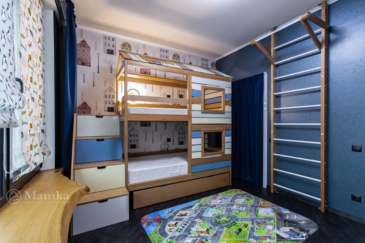 Детская комната для мальчика с необычной зоной отдыха фото 6