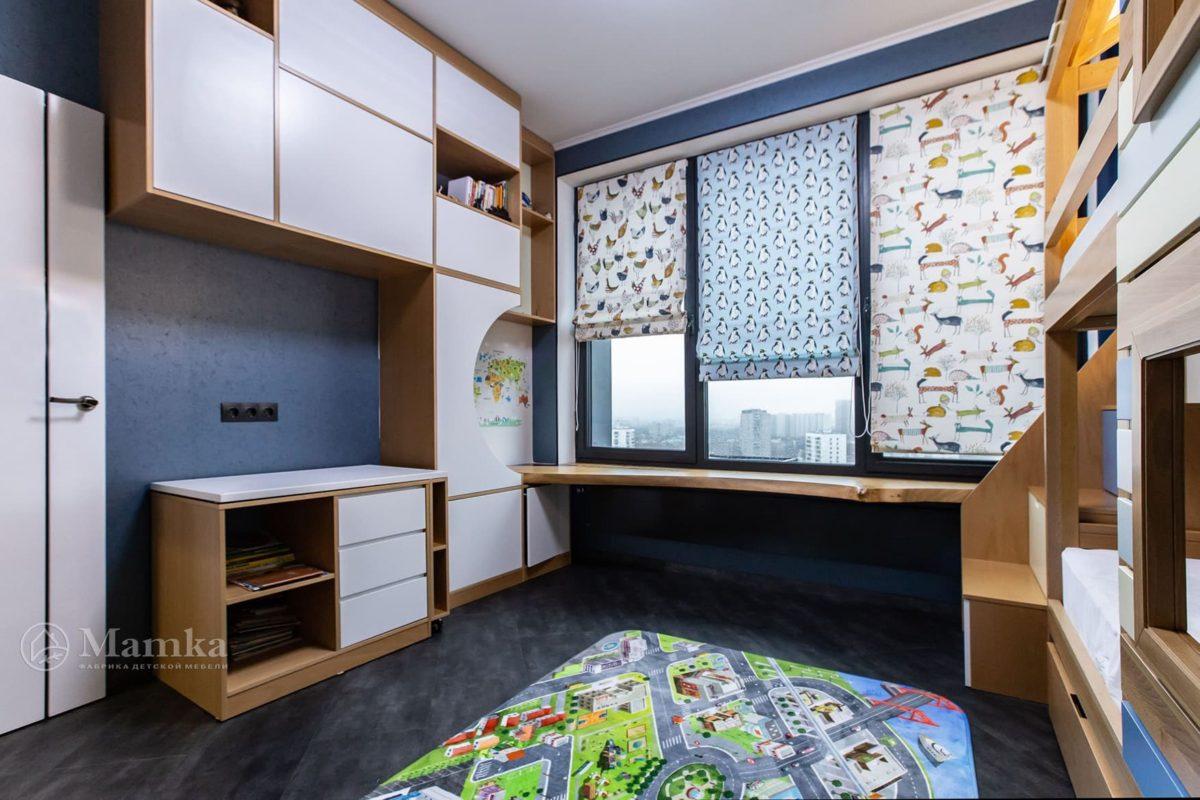 Детская комната для мальчика с необычной зоной отдыха фото 7