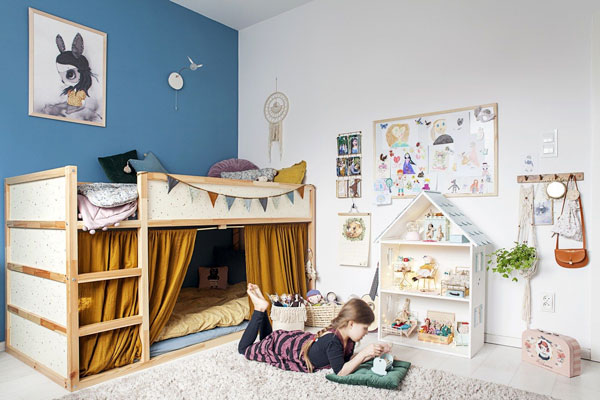 Дизайнерский интерьер детской - фото