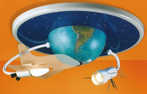 Освещение в детской: креативная люстра в космической тематике