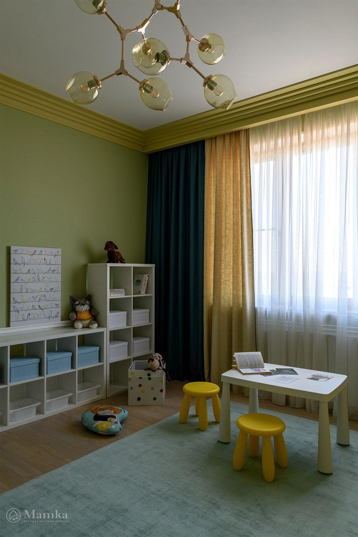 Практичный и яркий дизайн детской для мальчика 1