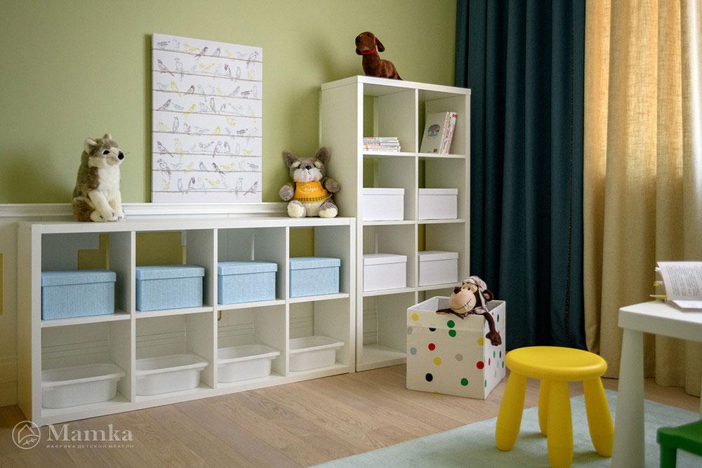 Практичный и яркий дизайн детской для мальчика 5