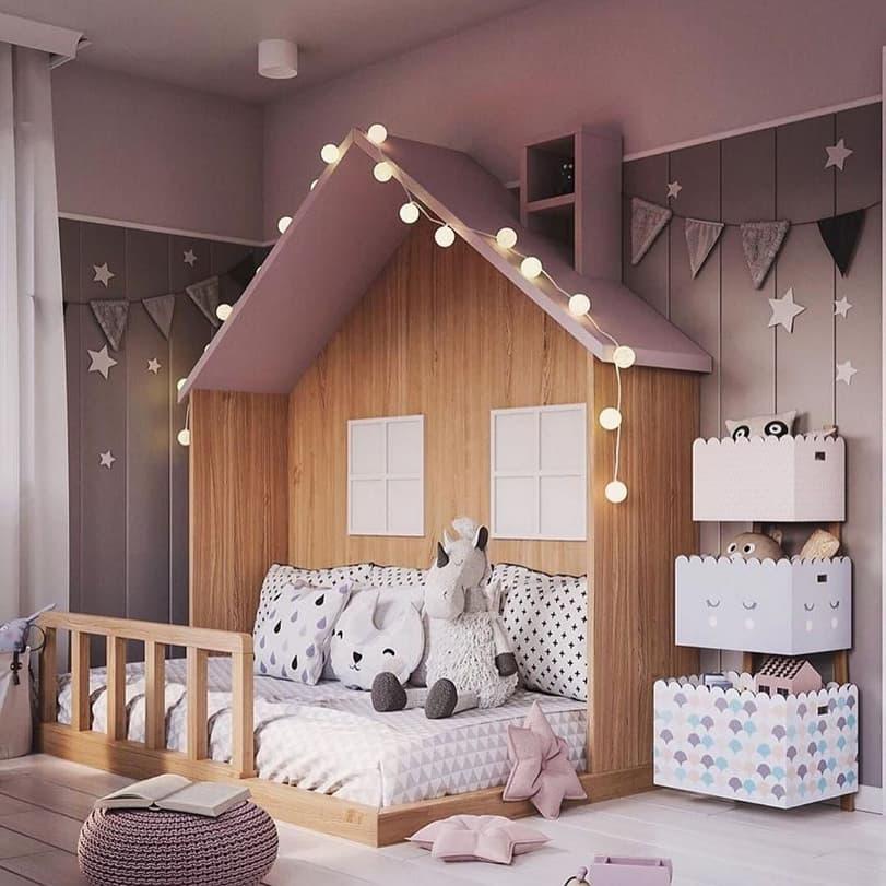 Вариант дизайнерского интерьера для девочки в розовом цвете 1