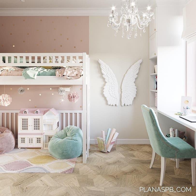 Вариант дизайнерского интерьера для девочки в розовом цвете 10