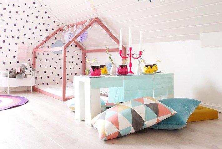 Кровать домик для ребёнка без ножек
