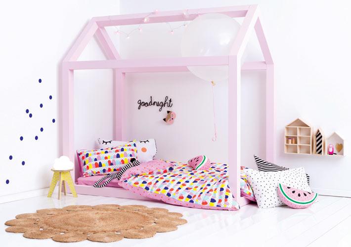 Кровать домик для ребёнка можно сделать своими руками